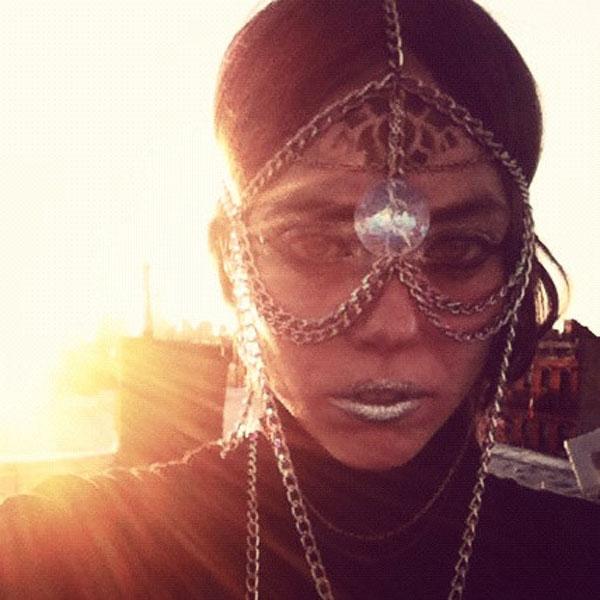 Terese-Bennett-head-chain-jewelry