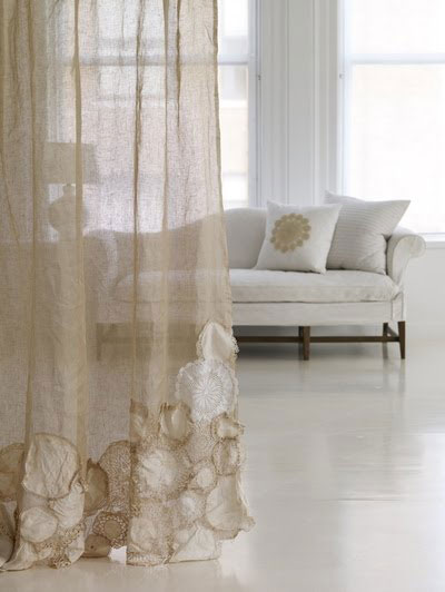 crochet-doily-curtains-carriecanblog